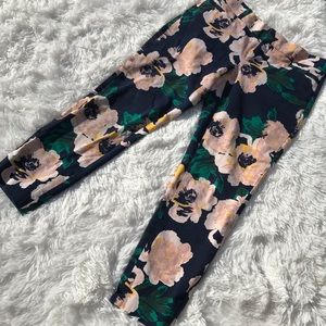 BANANA REPUBLIC Floral Sloan Fit Cropped Pants